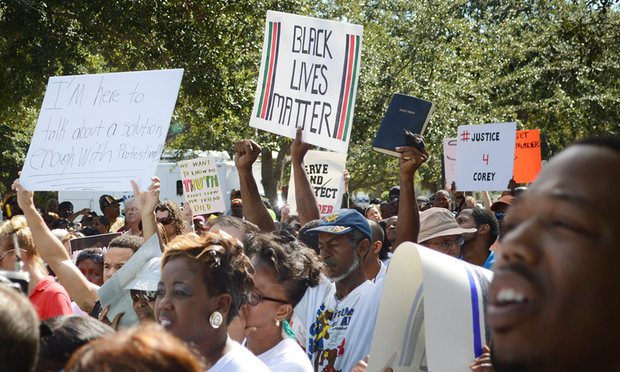 Protestors at a rally over the death of Corey Jones in Palm Beach Gardens, Florida, October 2015. Photograph: Zachary Fagenson/Reuters